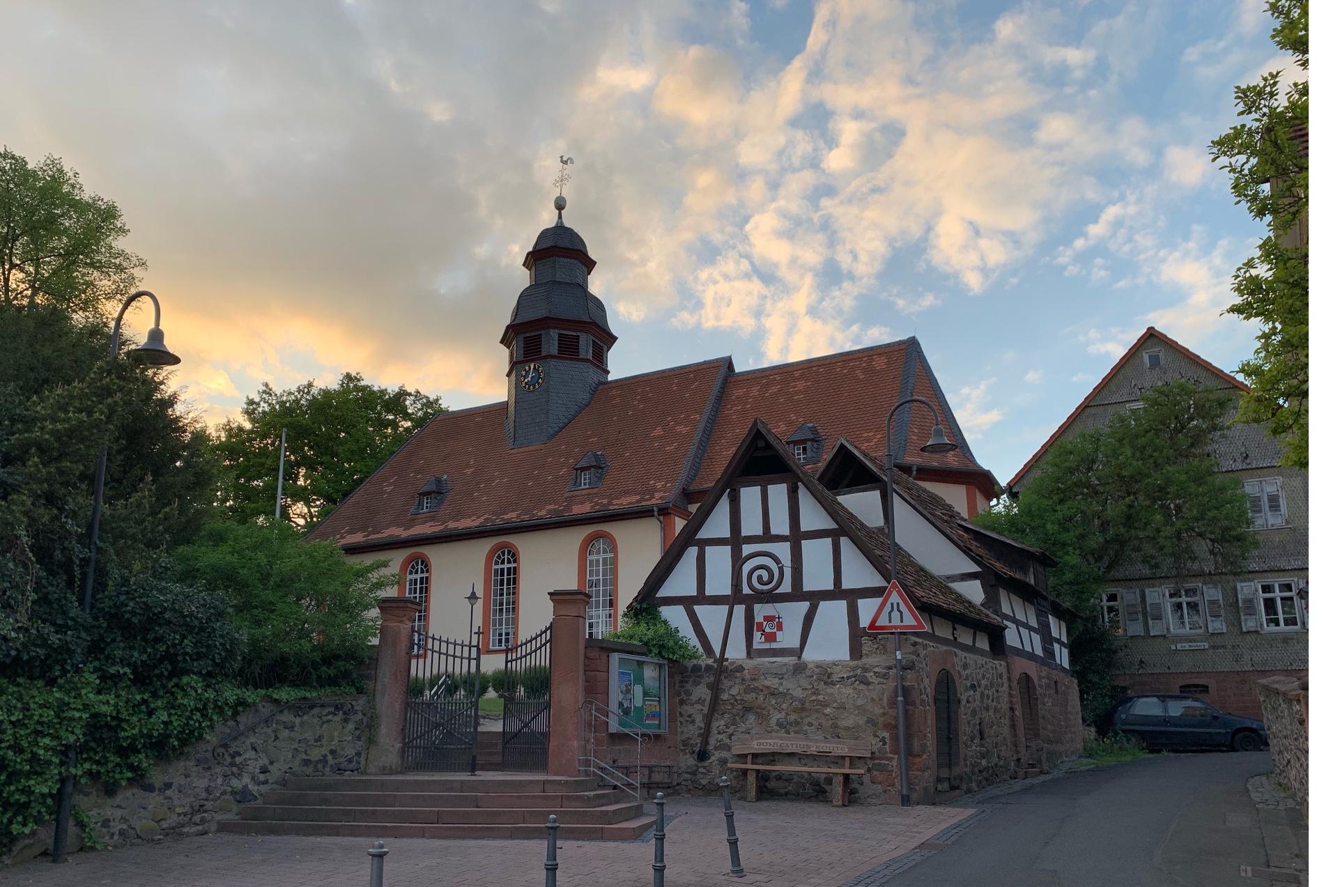 Kirche in Düdelsheim